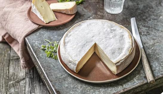 Intégration d'un étiquetage complémentaire sur les fromages au lait cru